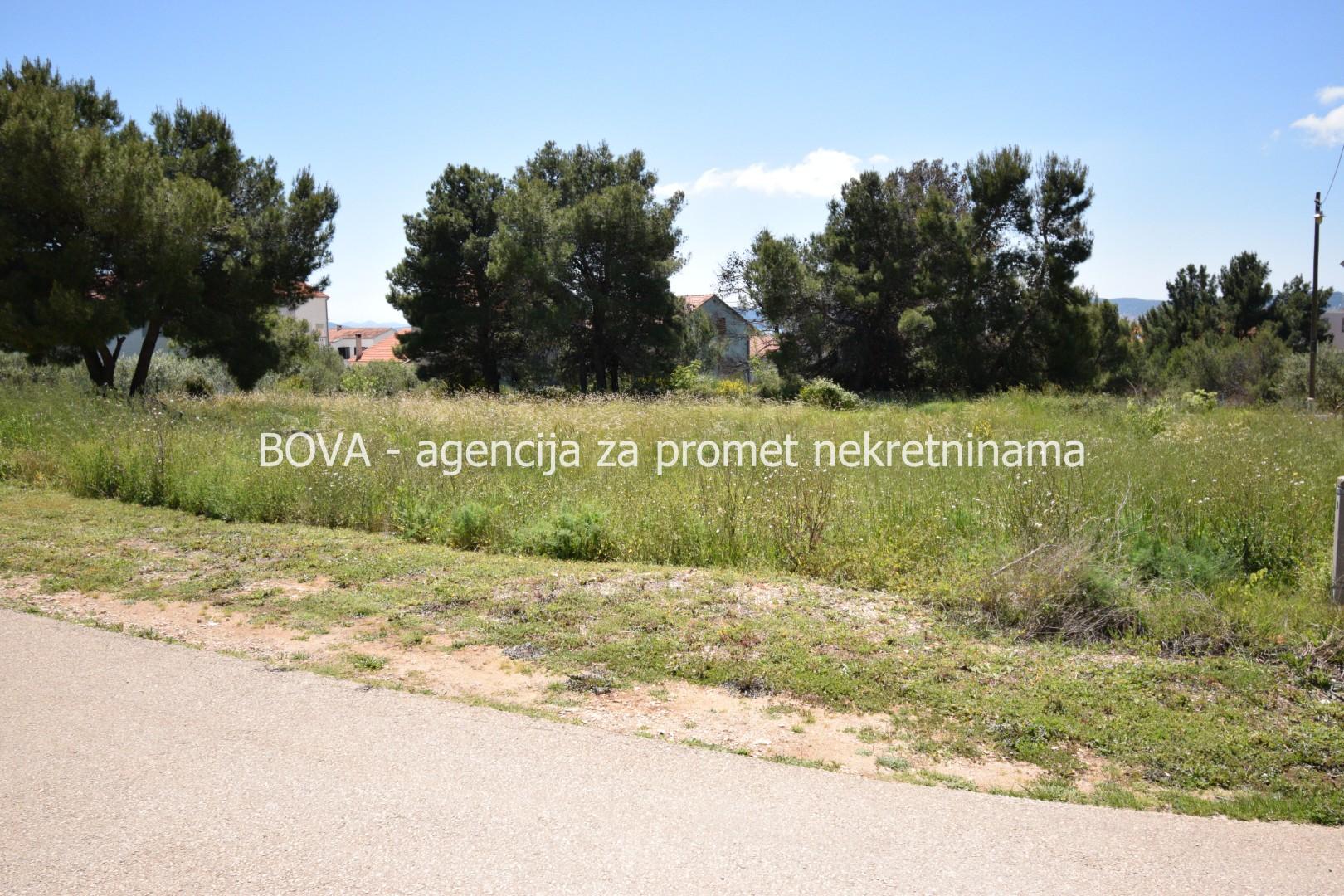 Građevinsko zemljište 698 m2 na Sokinom brigu, Zadar *POGLED NA GRAD I MORE*