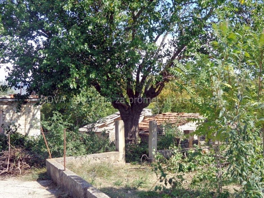 Građevinsko zemljište 616 m2 u Pridragi, Zadar