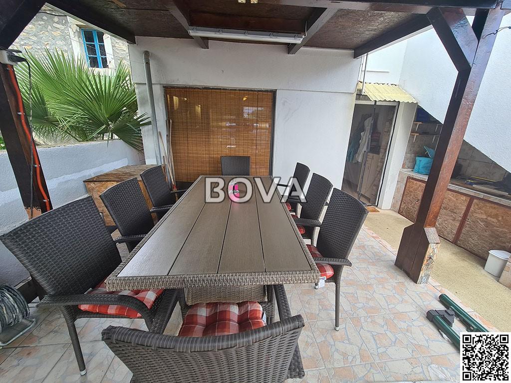 Trosoban apartman 48 m2 – Vrsi *Velika terasa* (ID-2153)