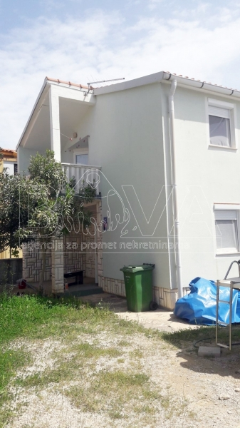 Samostojeća kuća 104 m2 na Viru, Zadar *120 m OD PLAŽE*