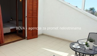 Apartman 74,80 m2 u Turnju, Zadar *PRVI RED DO MORA*