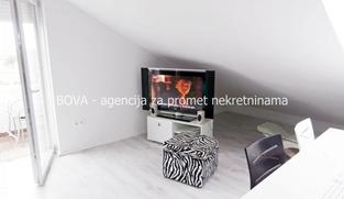 Apartman 100 m2 u Vrsima, Zadar *700 m OD MORA* *PRILIKA*