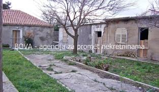 Stara kuća 151 m2 u Vrsima, Zadar *PRILIKA*