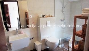 Kuća u nizu 90,66 m2 u Vrsima, Zadar *200 m OD PLAŽE* *PRILIKA*