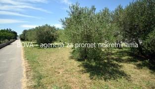 Građevinsko zemljište 550 m2 u Sukošanu, Zadar *100 m OD PLAŽE*