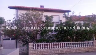 Samostojeća kuća 272 m2 u Ninu, Zadar *250 m OD PJEŠČANE PLAŽE*  (ID-1864)