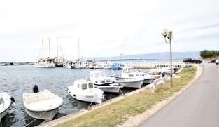 Dvojna kuća 115 m2 + zemljište 195 m2 u Privlaci, Zadar *PRVI RED DO MORA*