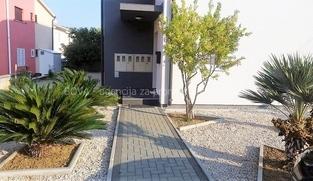 2 Apartmana od 55 m2 u Vrsima, Zadar *300 m OD PLAŽE* *PRILIKA*