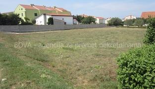Građevinsko zemljište 420 m2 u Vrsima, Zadar *500 m OD PLAŽE*  (ID-1911)