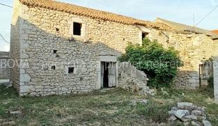 Kamena kuća 168 m2 u Vrsima, Zadar *550 m OD PLAŽE*