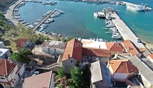 Dvije kuće 230 m2 u Privlaci, Zadar *PRVI RED DO MORA*