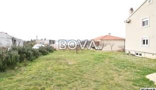 Građevinsko zemljište 1500 m2 – Zadar *DRUGI RED OD MORA*  (ID-2020)
