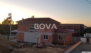 Vila u izgradnji 250 m2 – Vrsi, (ID-2027)