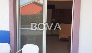Studio apartman  34 m2 – Vrsi *200m od plaže*  (ID-2065)