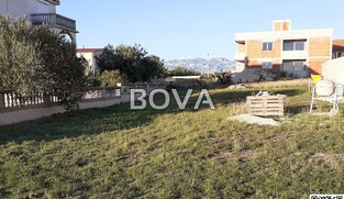 Građevinsko zemljište 358 m2 – Vrsi *Odlična pozicija*  (ID-2079)