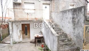Kuća 100 m2 – Privlaka *400m od mora*  (ID-2095)