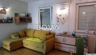 Apartman 42 m2 – Vrsi *Samo 200m od plaže* (ID-2121)