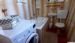 Dvosoban apartman 71 m2 – Nin *50 m od mora* (ID-2156)