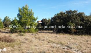 Građevinsko zemljište 600 m2 na Viru, Zadar *40 m OD PLAŽE* *ISPOD CIJENE*