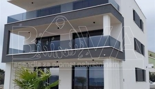 3 luksuzna apartmana od 110 m2 u Sukošanu, Zadar *PRVI RED DO MORA*