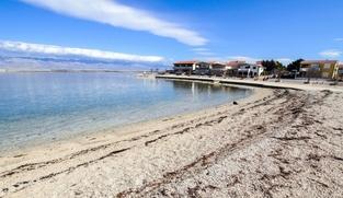 Građevinsko zemljište 600 m2 na Viru, Zadar *450 m OD PLAŽE*