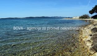 Građevinsko zemljište 1300 m2 u Sukošanu, Zadar *3. RED OD MORA*