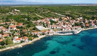 Građevinsko zemljište 1700 m2 u Kožinu, Zadar *25 m OD MORA*