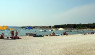 Poljoprivredno zemljište 300 m2 na Viru, Zadar *DRUGI RED OD MORA* *PRILIKA*