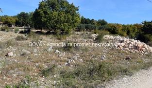 Građevinsko zemljište 1257 m2 u Slivnici Donjoj, Zadar *2 km OD MORA*  (ID-1657)