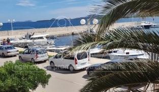 Kuća u nizu od 165 m2 u Turnju, Zadar *10 m OD MORA* *POGLED MORE*